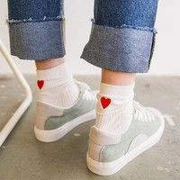 Item specifics Gender_Women Season_All season Occasion_Casual Material_Cotton Decoration_None Pattern Type_Heart Printed Package include_1 pair socks